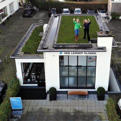 Eerste duurzame kliniek met groen dak